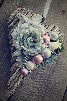 Dekorácie - Vianočné  srdce na dlani ... - 8916941_