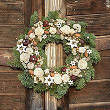 Dekorácie - Vianočný venček z jedličky - 8914530_
