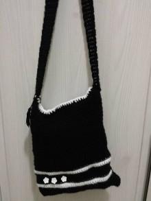 Kabelky - Čierna taška s bielymi kvetinkami - 8916509_
