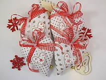 Dekorácie - vianočné srdiečka s roľničkou - 8918279_
