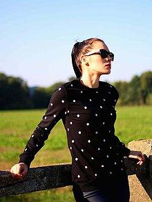 Mikiny - Mikina s bodkami čierna - 8921106_