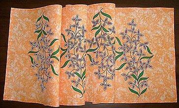 Úžitkový textil - Stredový obrus, maľovaný, Trojlístky, 39,5 x 139 cm - 8918833_