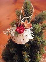 - Vianočné ozdoby na stromček  - ozdobené prírodné gule - 8918909_