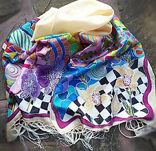 Šály - Hebká vôňa- maľovaný hodvábny šál so strapcami - 8923844_