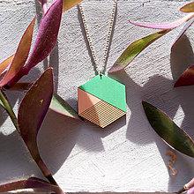 Náhrdelníky - Drevený náhrdelník Mentol - 8923466_