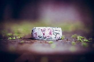 Náramky - Romantický drevený náramok - ruže - 8926757_