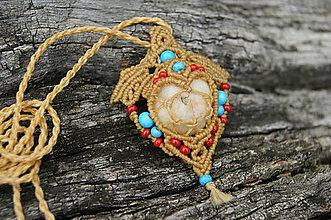 Náhrdelníky - Srdce makramé prívesok, amulet, náhrdelník - 8926798_