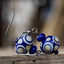 Náušnice - Vinutkové náušnice - modrobiele/folkové - 8929787_
