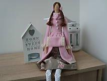 Bábiky - Anjelka v ružovom kabátiku - 8933149_