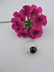 Prstene - ónyx prsteň - nočná elegancia - 8936802_