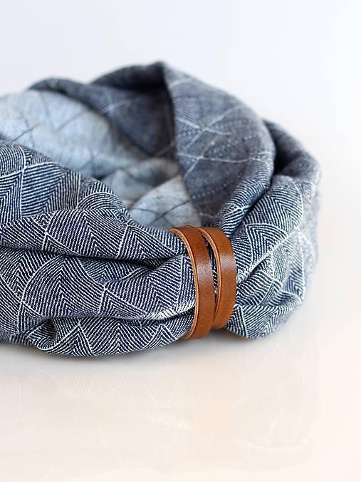 Doplnky - Pánsky exkluzívny modrošedý hrejivý ľanový nákrčník s koženým remienkom - 8938309_