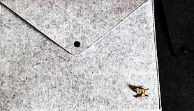 Kabelky - Obal na tablet, notebook/Listová kabelka s brošňou - 3 farby - 8938652_