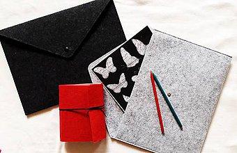 Kabelky - Obal na tablet, notebook/Listová kabelka s brošňou - 3 farby - 8938647_