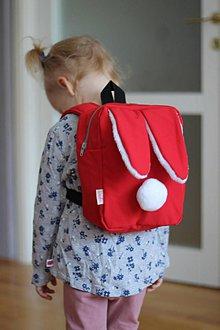 Detské tašky - Detský softshell batoh ZAJKO - červený - 8938806_