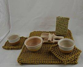 Úžitkový textil - OBRUS A PODLOŽKY v pieskovohnedom... - 8942327_