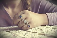 Prstene - Strieborný ligotavý prsteň s ruženínom - Bokeh Rose - 8939910_