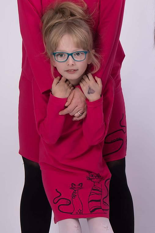 49f95e18e8db Cyklámenové vreckové šaty cat - pre malú dámu   miracles.style ...