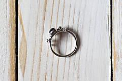 Prstene - Strieborný ligotavý prsteň - Bokeh Iolit - 8943321_