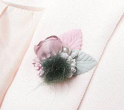 Odznaky/Brošne - Fialová zelená kožušinková kvetinová brošňa pin - 8943185_