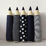 Tmavomodré ceruzky
