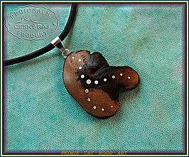 Náhrdelníky - 532. dřevěný náhrdelník VINNÁ RÉVA - Morava - 8948398_