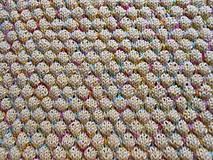 Textil - Pletená dětská deka a bačkůrky - 8951295_