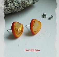 Náušnice - napichovačky elegancia srdiečka prírodná perleť v oranžovej - 8948847_