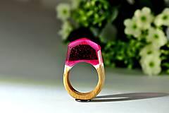 Prstene - Drevený prsten Purp - 8949510_