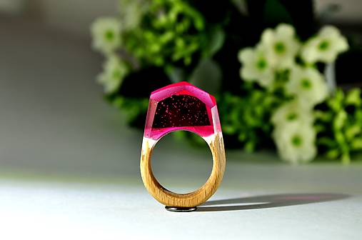 Drevený prsten Purp