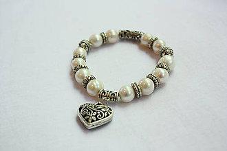 Náramky - Perlový náramok pravý s tibetským striebrom - 8950528_