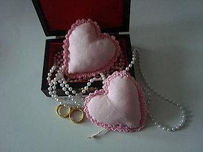 Darčeky pre svadobčanov - Svadobné srdiečka - 8951305_