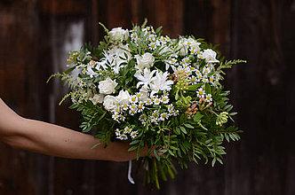 Kytice pre nevestu - Neha bielych kvetin - 8954845_