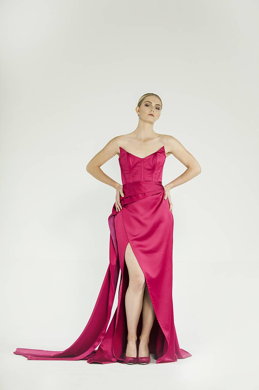 35494494cdfa Malinovo červené šaty   JanaLuptakova - SAShE.sk - Handmade Šaty