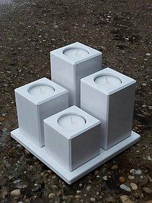 Svietidlá a sviečky - drevený svietnik Quattro biely - 8958835_