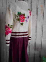 """Svetre/Pulóvre - """"Romantik FLORAL"""" vyšívaný pletený pulóver z mohéru - 8959238_"""