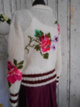 """Svetre/Pulóvre - """"Romantik FLORAL"""" vyšívaný pletený pulóver z mohéru - 8959240_"""