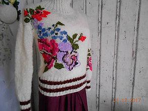 """Svetre/Pulóvre - """"Romantik FLORAL"""" vyšívaný pletený pulóver z mohéru - 8959236_"""