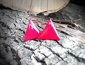 Náušnice - Trojuholníky 20 mm (červené) - 8962701_