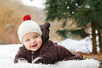 Detské čiapky - Zimná čiapočka ALPAKA s červeným brmbolcom - 8963739_