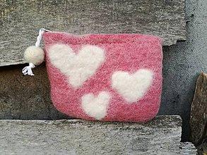 Peňaženky - Ružová plstená peňaženka so srdiečkami - 8963195_