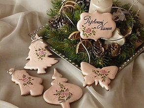 Dekorácie - Vianočné medovníčky  v ružovom - 8962732_