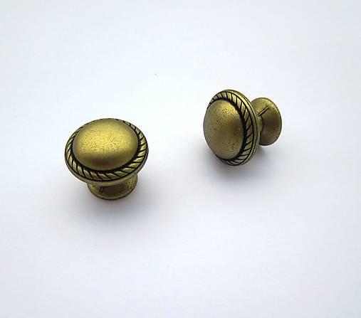 Nábytková knopka- antická