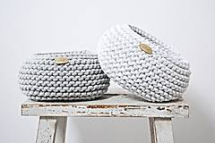 Pletený košík - svetlosivý