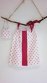 Dievčenské bavlnené šaty s vreckom na tajomstvá- cyklámenová bodka