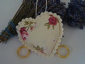 Darčeky pre svadobčanov - Svadobné srdiečko do dlane - 8969810_