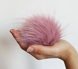 Materiál ručne robený - Kožušinový brmbolec ružový - 8974714_