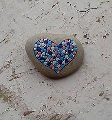 Dekorácie - Modré srdiečko - Na kameni maľované - 8974114_