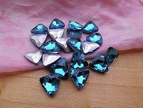 Komponenty - Sklenený kabošon trojuholník - zľava (Tyrkysové) - 8979042_