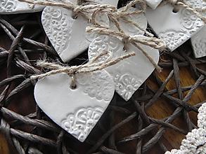 Darčeky pre svadobčanov - Prírodné svadobné magnetky s čipkou:-) - 8980784_