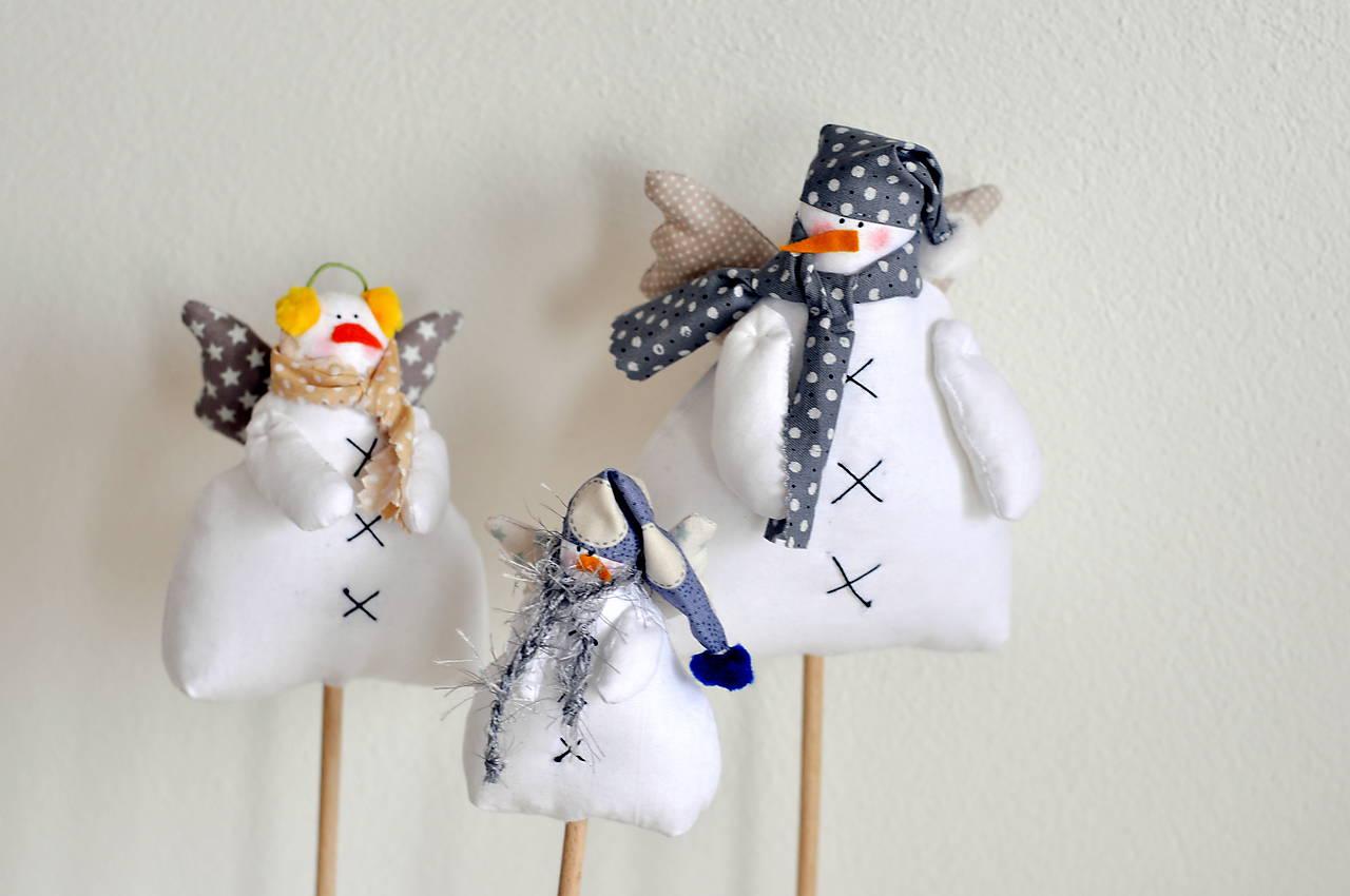 Snehuliaci na paličke